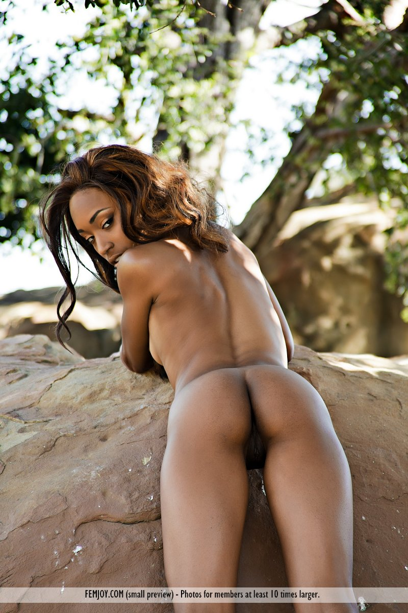 Jewel In Sweet Jamaica By Femjoy 16 Photos  Erotic Beauties-7552
