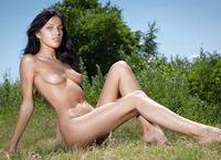 Megan in Carpe Diem (nude photo 10 of 16)