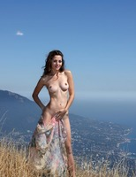 Vani L. in To The Limit (nude photo 1 of 16)