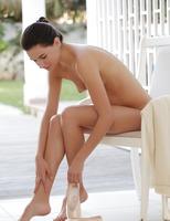 Kamea in Rehearsal (nude photo 1 of 16)
