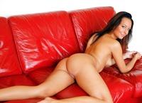 Kaya in Model (nude photo 12 of 16)