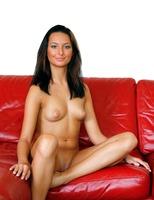 Kaya in Model (nude photo 15 of 16)