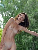 Jadi in Swan Lake (nude photo 4 of 16)