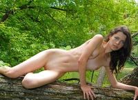 Jadi in Swan Lake (nude photo 6 of 16)