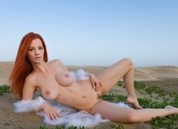 Ariel in The Heat Is On (nude photo 4 of 16)