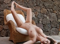 Josephine in Chilling Zone (nude photo 12 of 16)