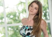 Tamara U in Natural Beauty (nude photo 1 of 16)