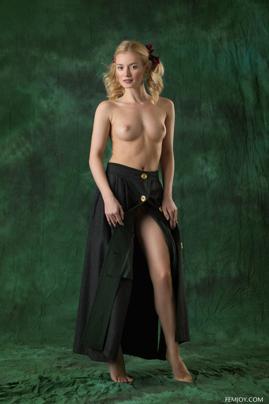 Gabi from Femjoy getting naked in studio shots (16 photos ...