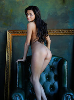 Dominika W in Style by Femjoy (nude photo 6 of 16)