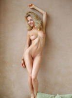 Annabell in Premier by Femjoy (nude photo 12 of 16)
