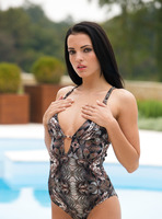 Sapphira in Make Me Wet by Femjoy (nude photo 6 of 16)