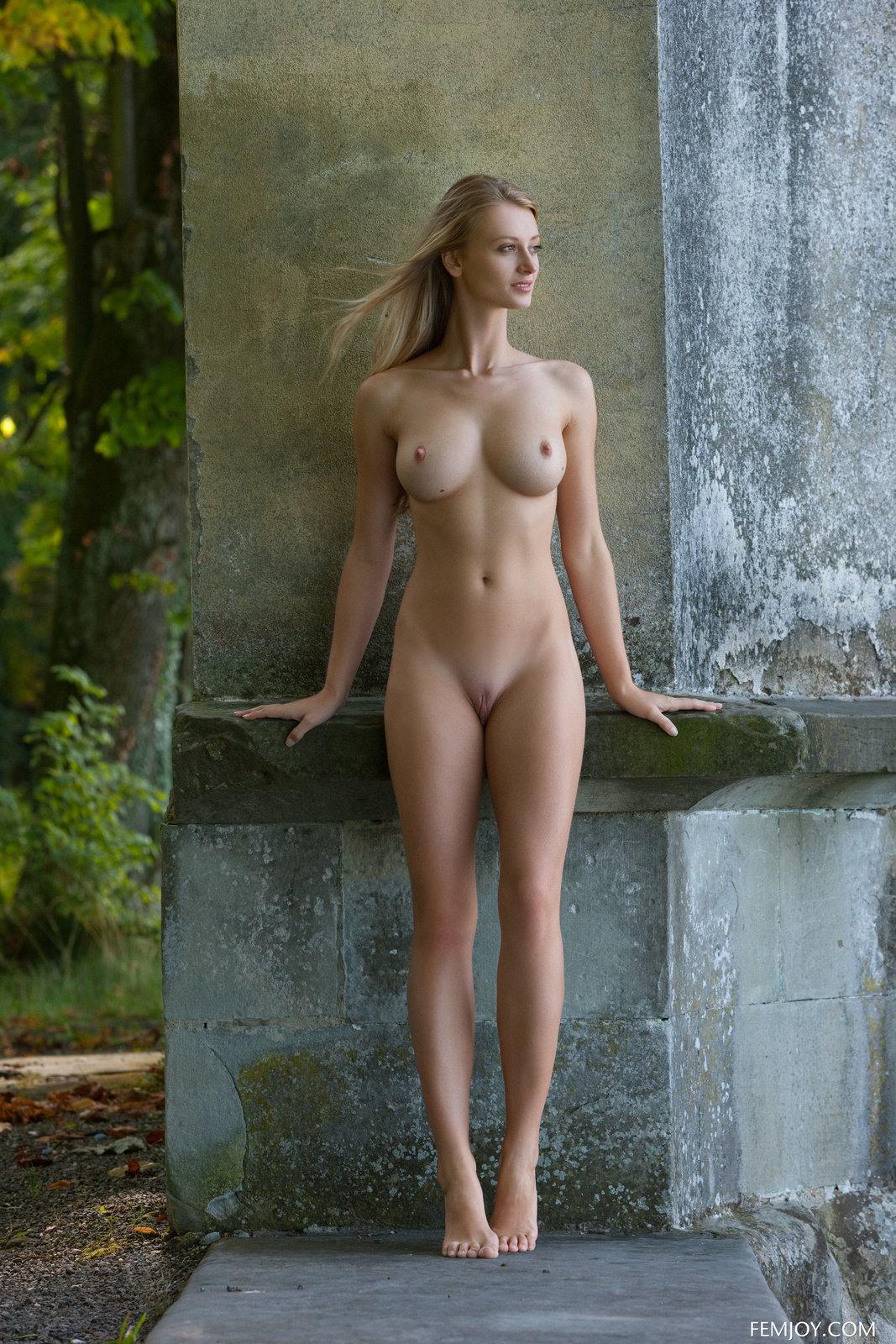 Carisha In Magic Castle By Femjoy 16 Photos  Erotic -5012