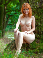 Mia Sollis in Red Beauty (nude photo 7 of 16)