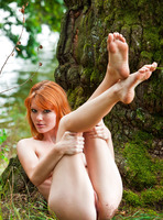 Mia Sollis in Red Beauty (nude photo 11 of 16)