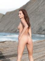 Mila K in Femme Fatal (nude photo 7 of 16)