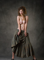 Susann in Baroque by Femjoy (nude photo 1 of 16)