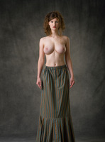 Susann in Baroque by Femjoy (nude photo 5 of 16)
