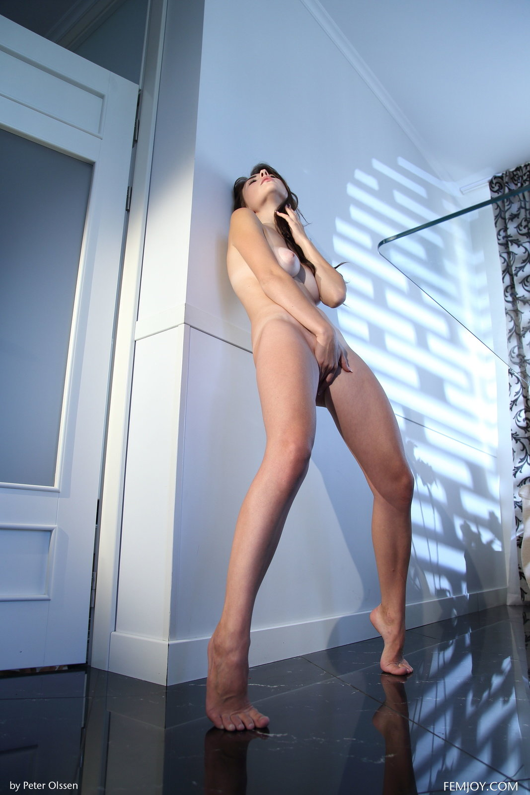 Niemira By Peter Olssen In Heavenly Pleasure ::: Femjoy :::
