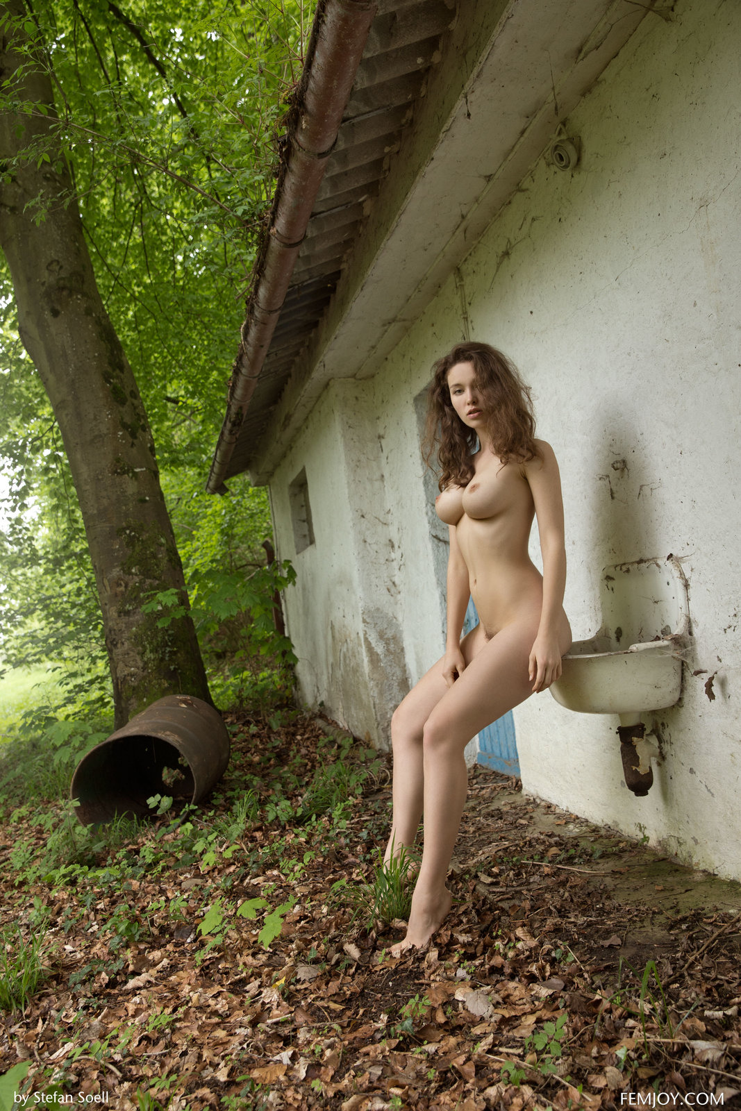 Vika A in Coming Back by Femjoy (16 photos) | Erotic Beauties