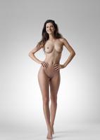 Lauren in Me by Femjoy (nude photo 4 of 12)