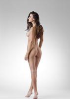 Lauren in Me by Femjoy (nude photo 6 of 12)