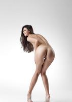 Lauren in Me by Femjoy (nude photo 7 of 12)