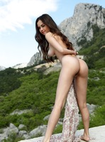 Annika A in Nice View by Femjoy (nude photo 14 of 16)