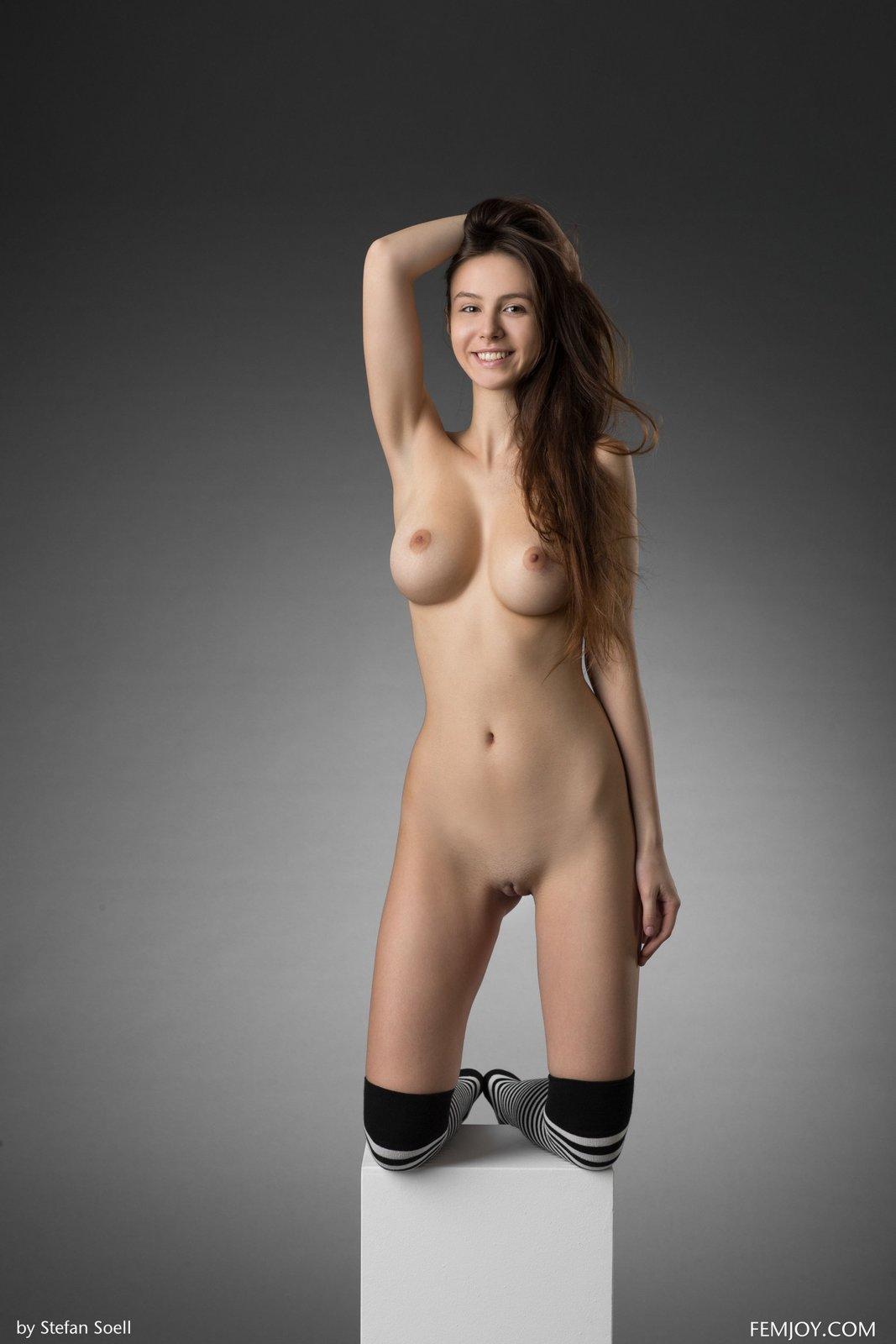 Alisa I In Big By Femjoy 12 Photos  Erotic Beauties-9976