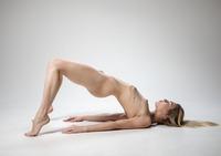 Alecia Fox in Flexible by Femjoy (nude photo 12 of 16)