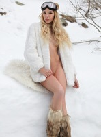 Amber A in A Hot Winter Day by Femjoy (nude photo 8 of 16)