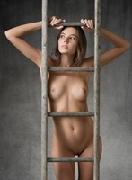 Clover in Higher by Femjoy (nude photo 6 of 12)