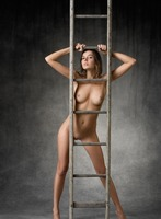 Clover in Higher by Femjoy (nude photo 7 of 12)