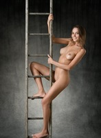 Clover in Higher by Femjoy (nude photo 12 of 12)