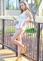 Cute Maelynn Toying (nude photo 8 of 15)
