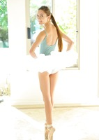 Claire in Professional Ballerina (nude photo 6 of 16)