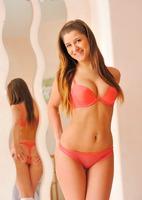 Nicole in The Wet Teen Part 1 (nude photo 2 of 16)