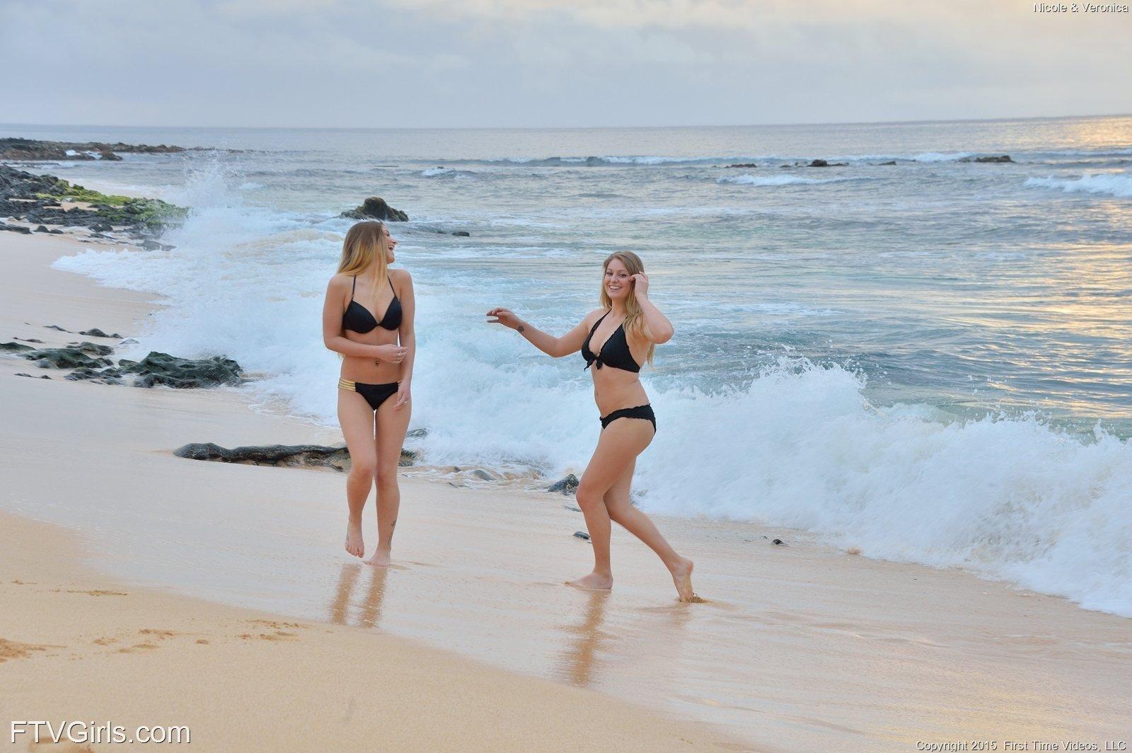 Hawaii nude beaches girls