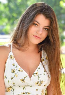 12 Pics & Free Video: Scarlett in Innocent Summer by FTV Girls