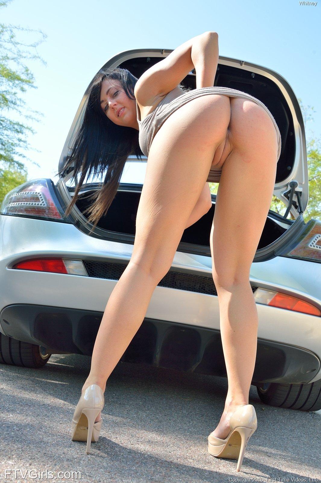amazing nude girls bent over
