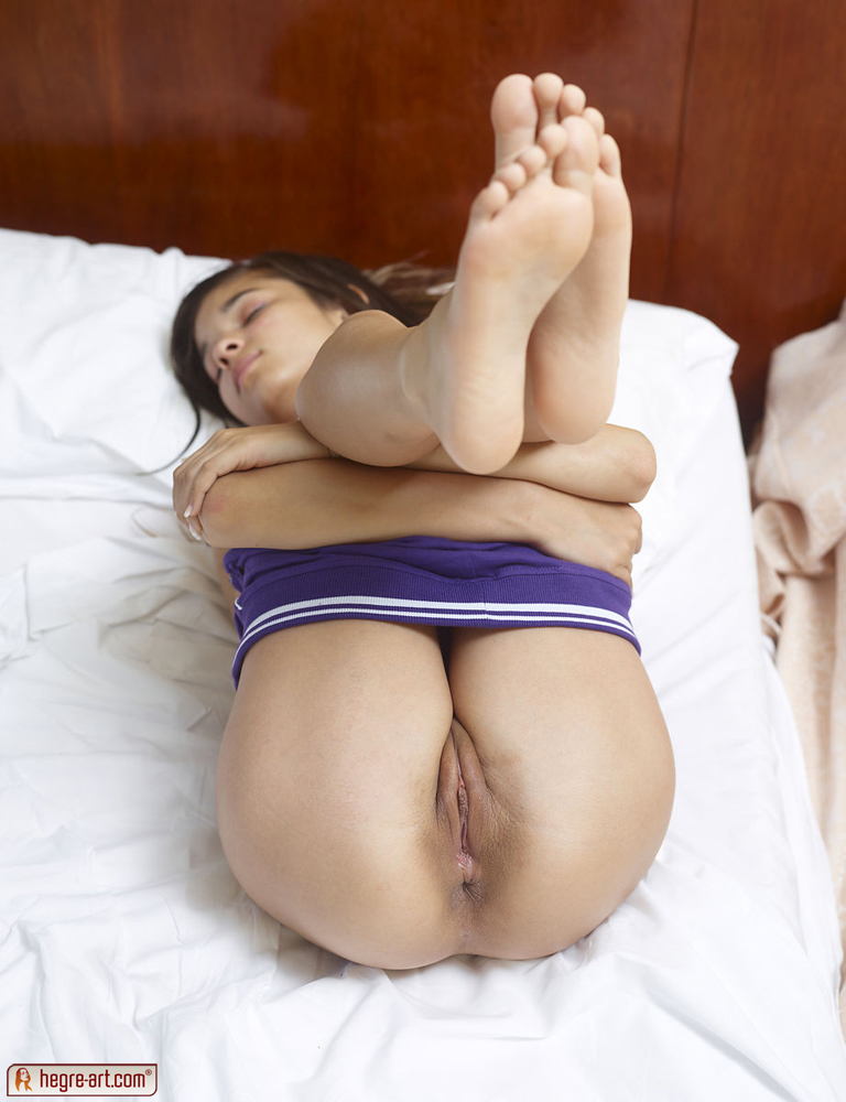 Purple pussy chicks naked 15