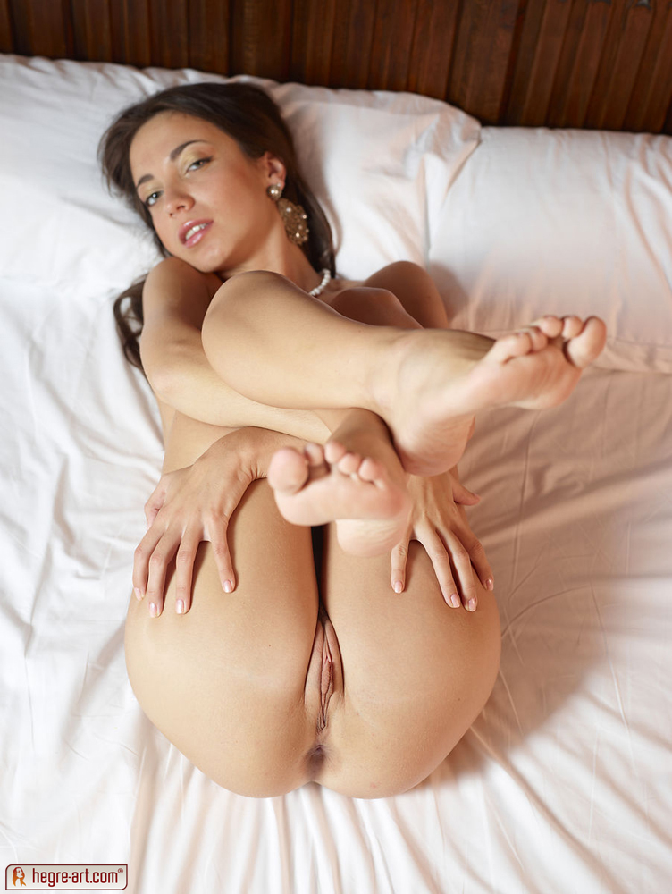 Nude Girl Back