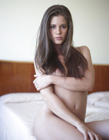 Caprice in Sweetness (nude photo 11 of 16)