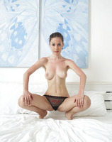 Engelie in Guess Panties (nude photo 13 of 18)