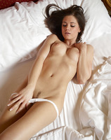 Caprice in White Panties (nude photo 10 of 16)
