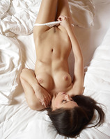 Caprice in White Panties (nude photo 11 of 16)