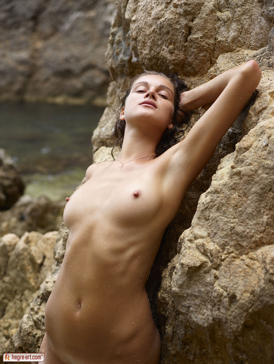 Nude Women Beach Pictures