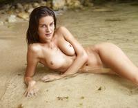 Zaika in Gozo Beach (nude photo 10 of 16)