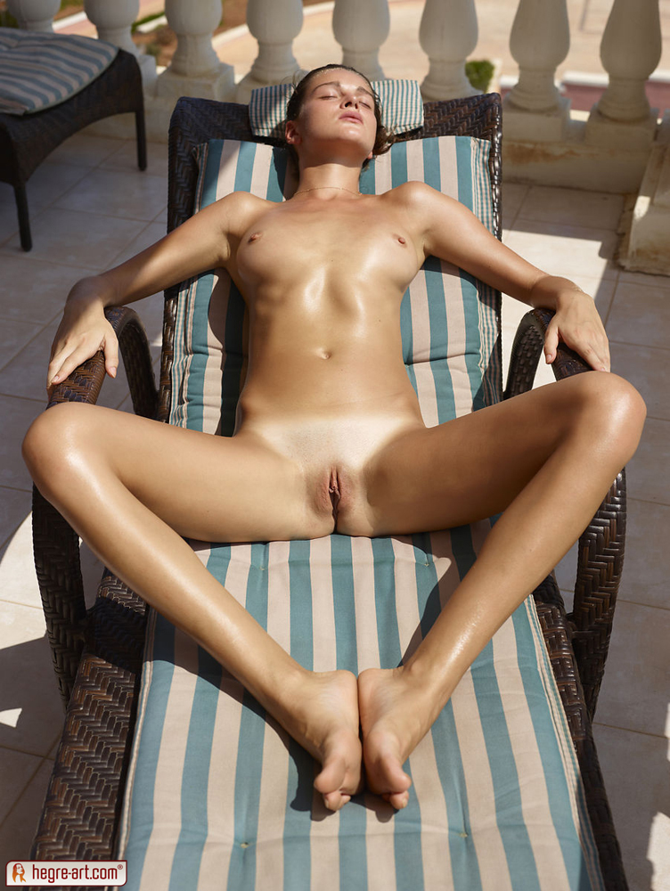 malta-sexy-nude-hot-babes-with-nice-asses-videos