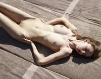 Aya Beshen in Tanning (nude photo 1 of 16)