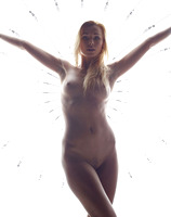 Coxy in Bright Lights (nude photo 10 of 16)